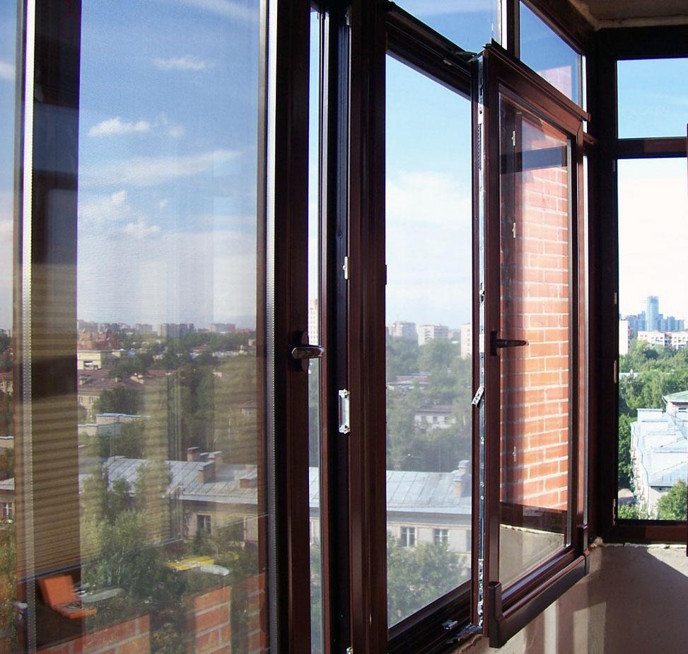 сколько стоит окно на лоджию