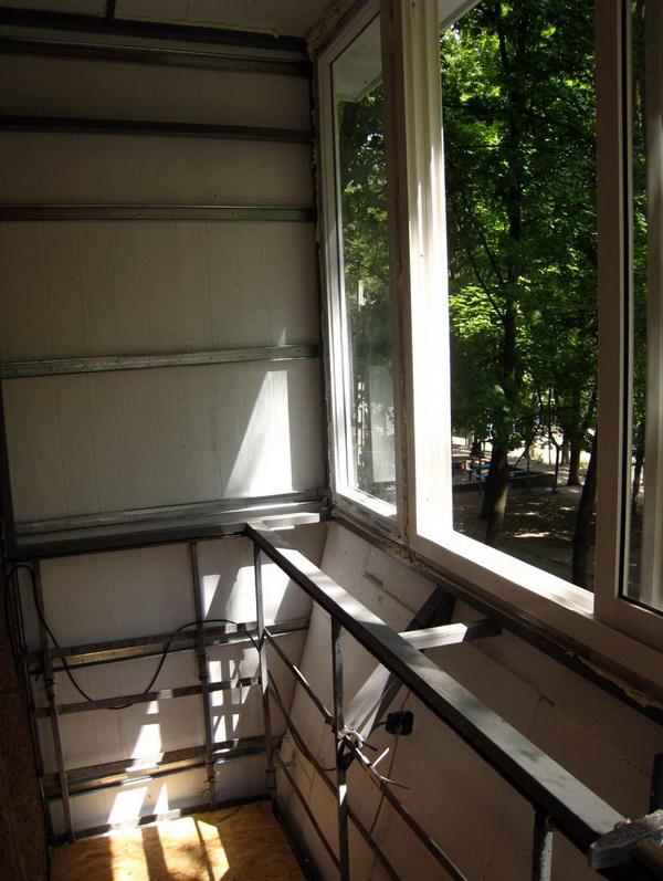 Каркасный балкон своими руками 266