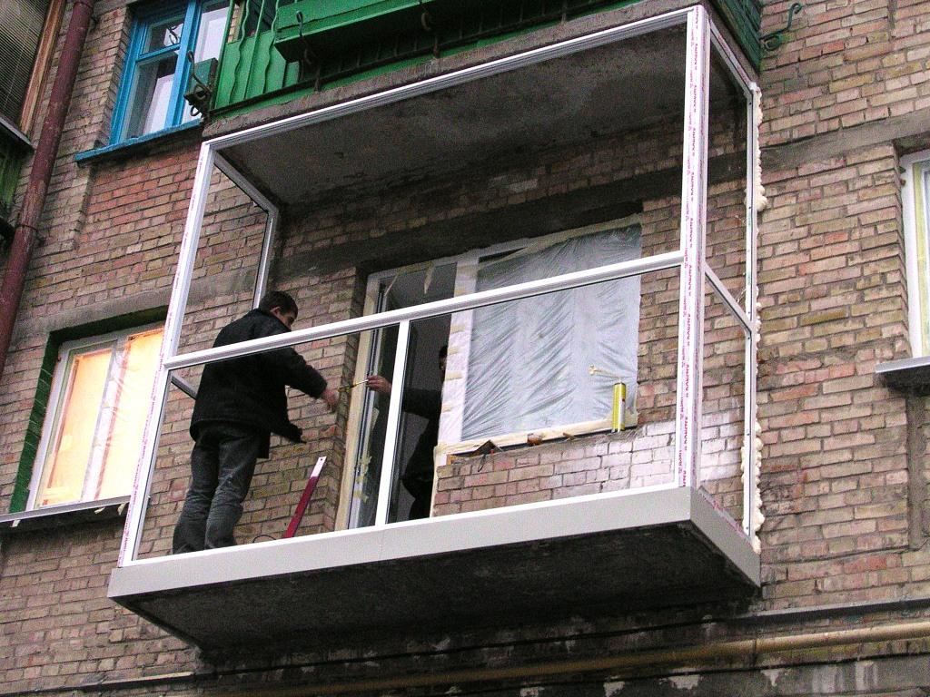 Как остеклить балкон алюминиевым профилем своими руками 7