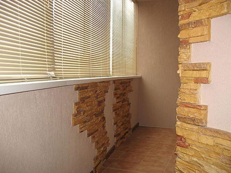 Отделка балкона камнем (41 фото): декоративным и искусственн.