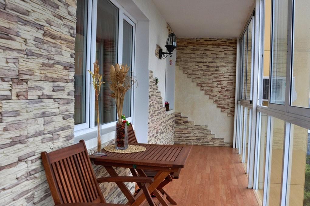 Французские балконы оформление.