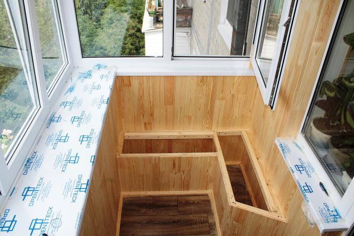 Скамейка на балкон своими руками