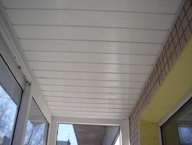 Как сделать пластиковый потолок на лоджии 758