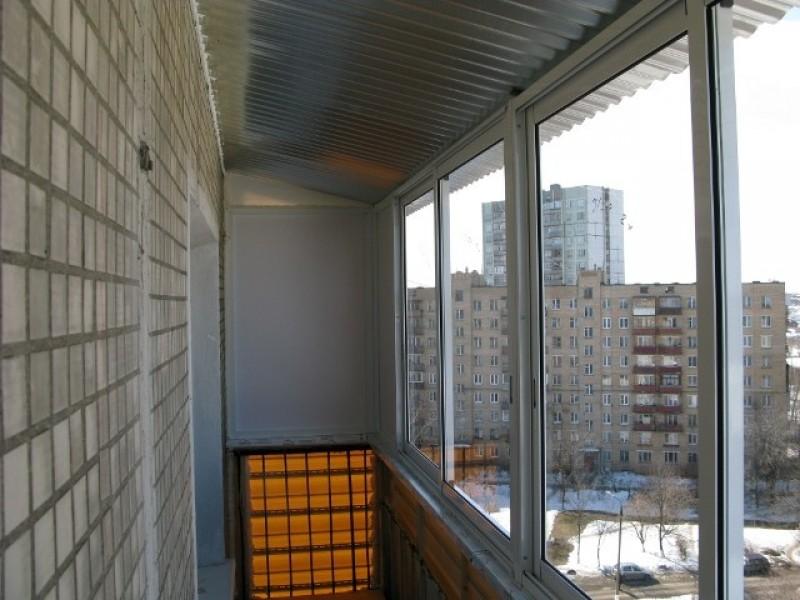 Остекление крыша на балкон.