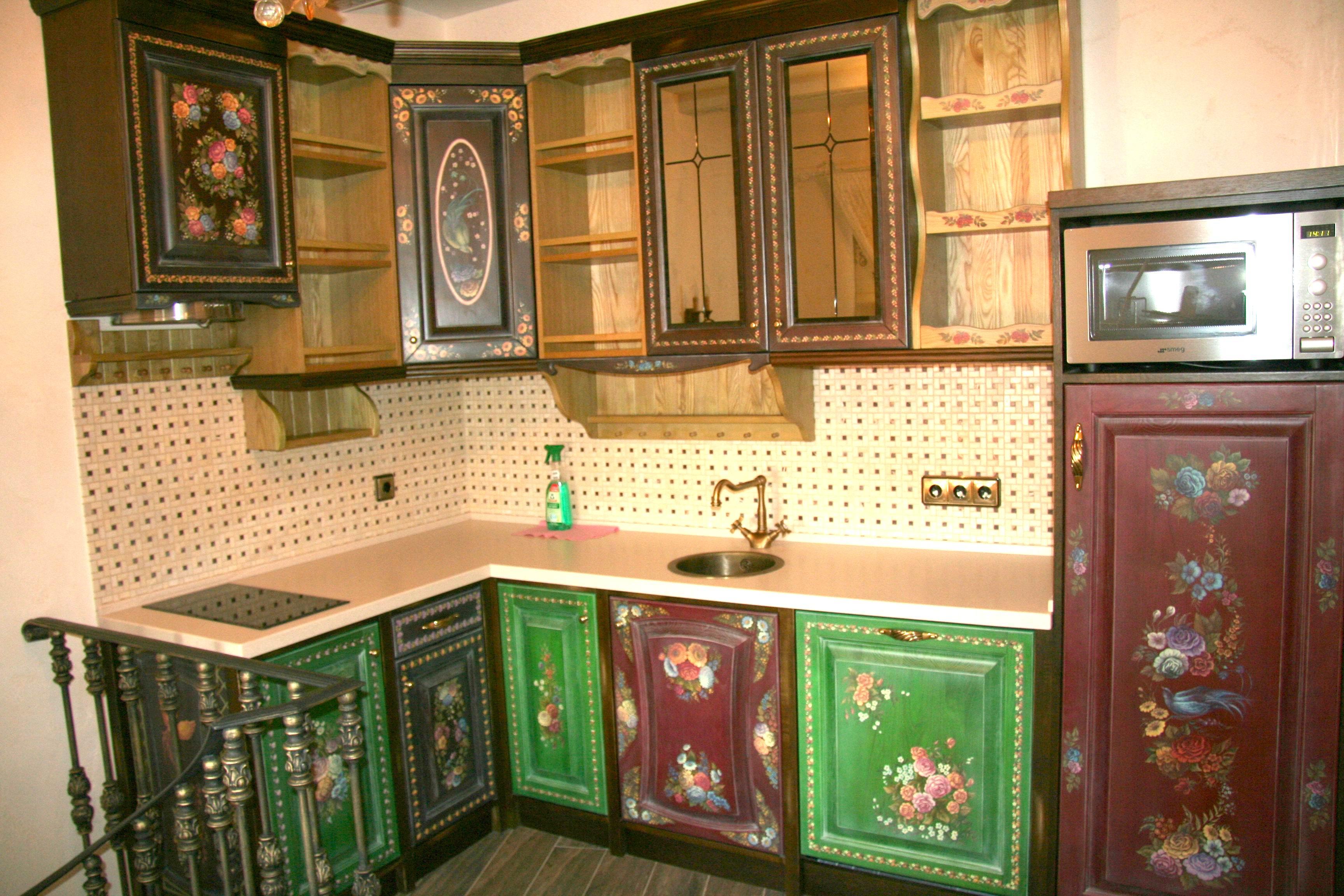 Роспись на кухонной мебели своими руками