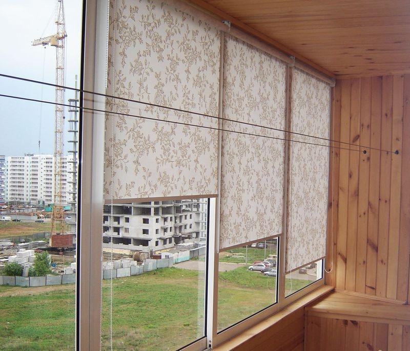 Шторы жалюзи на балкон