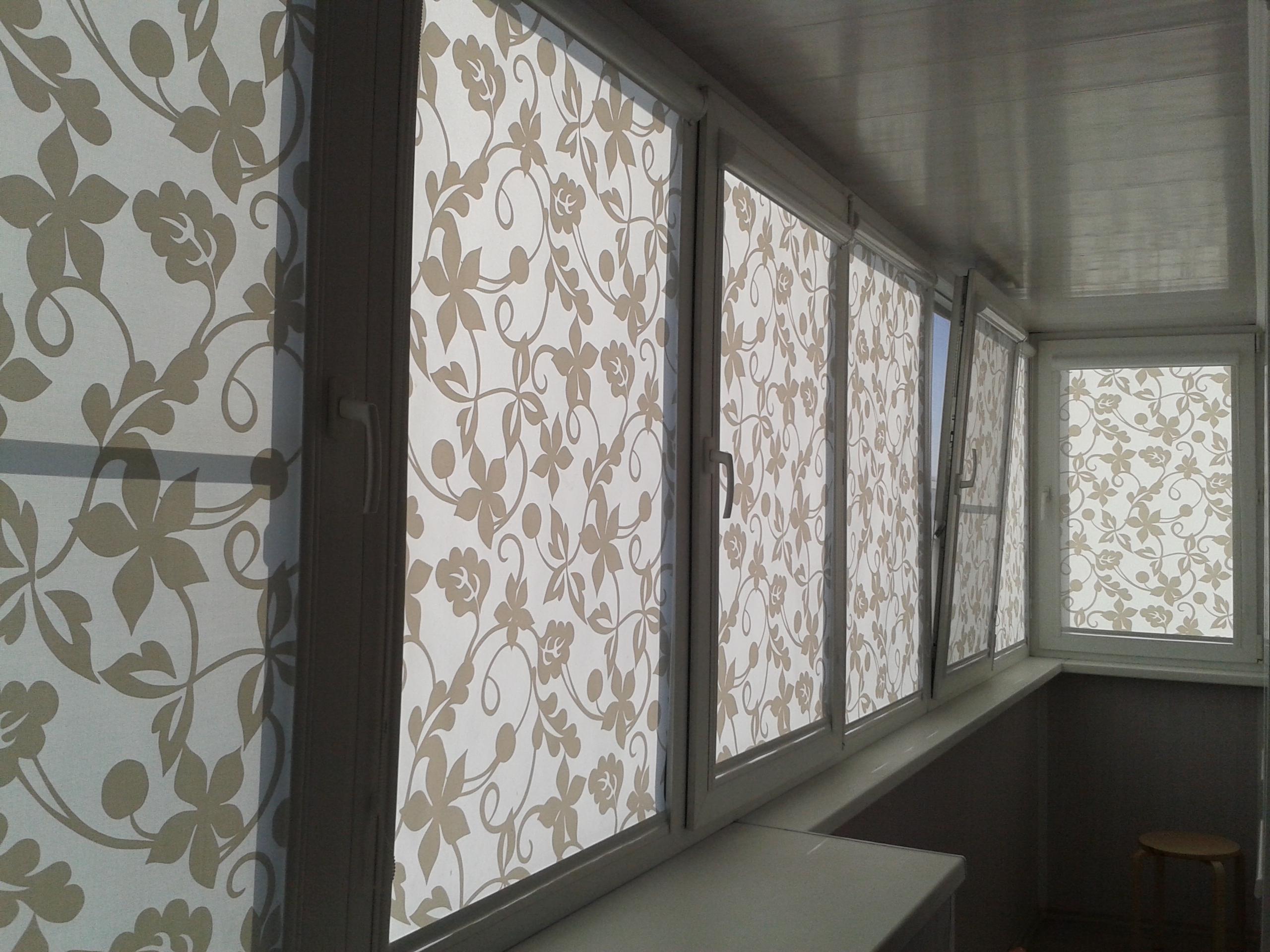 Шторы на балкон (97 фото): идеи ламбрекенов, римские шторки .