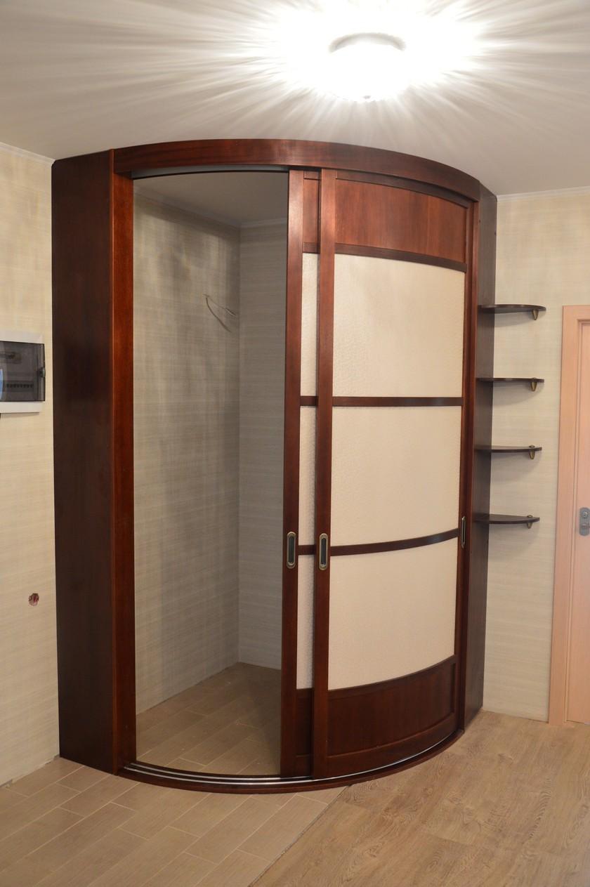 Радиусный шкаф-купе в прихожую (50 фото): полукруглые закруг.