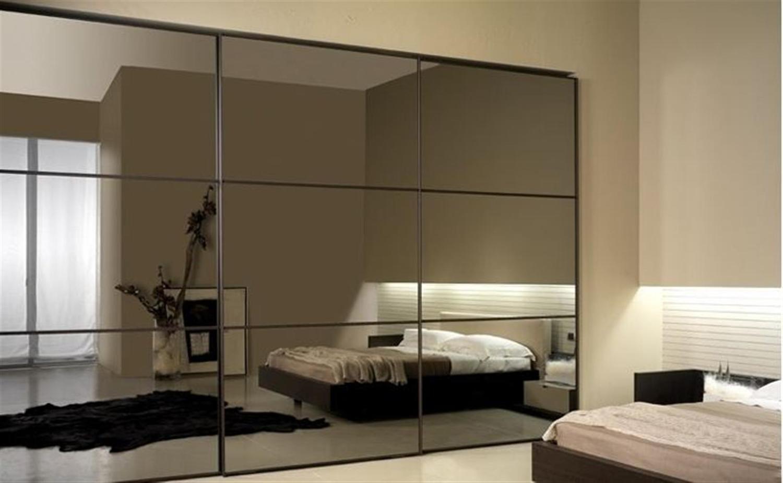 Шкафы купе с зеркальными фасадами - шкафы купе на заказ.