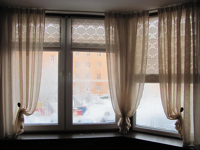 Как занавесить окно на балконе своими руками 60