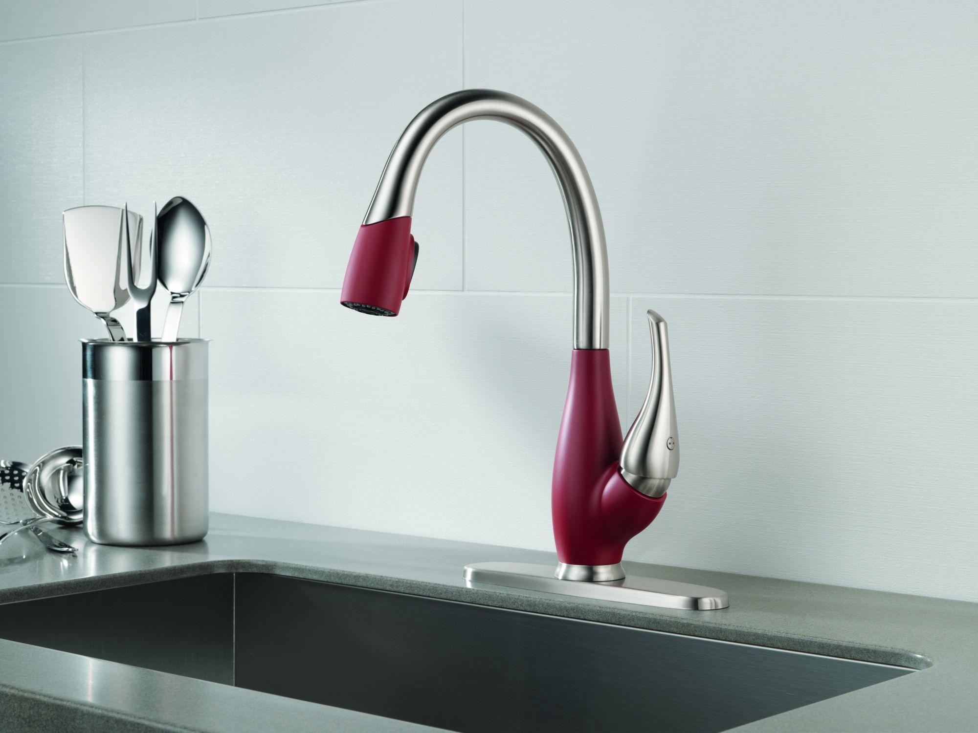 Дизайнерские смесители цветные для кухни
