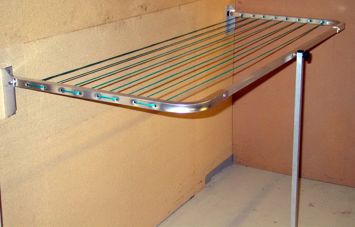 Сушка для малогабаритного балкона.