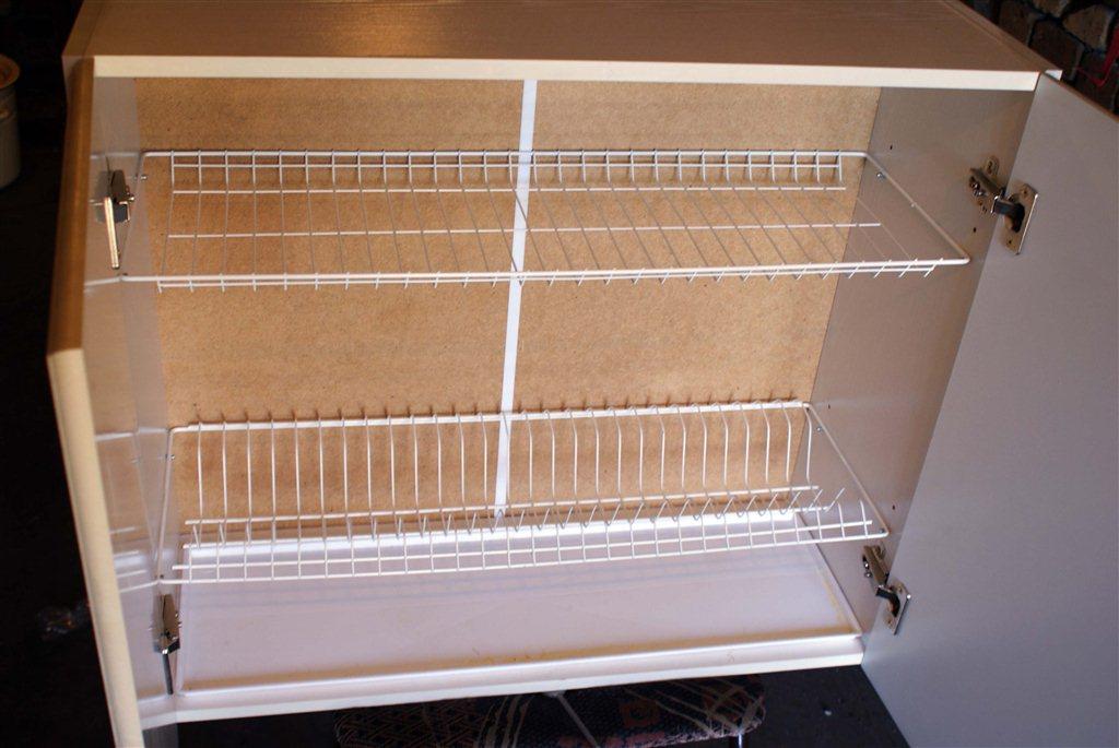 Кухонный шкаф для посуды навесной