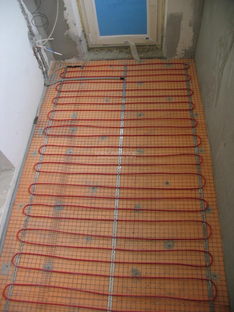 Тёплый пол на балконе от отопления.