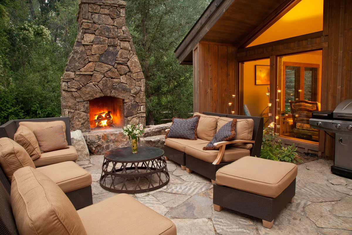 Outdoor fireplace ideas pictures