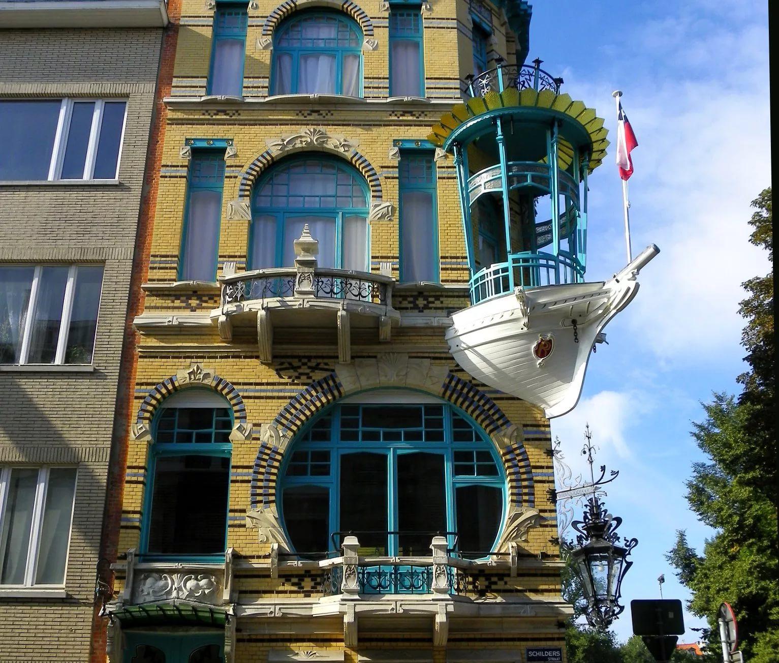 Необычные балконы фото.