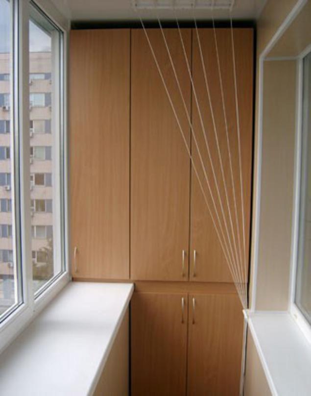 Дизайн небольших балконов лоджий с встроенными шкафами..