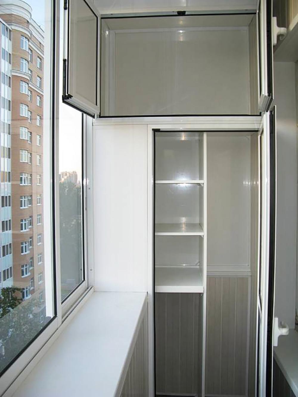 Встроенный шкаф на балкон (46 фото): как собрать встраиваему.