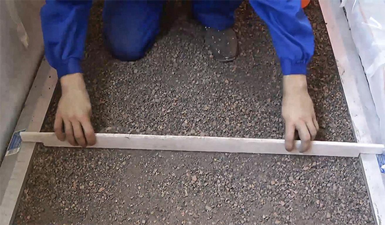Как выровнять пол в ванной ровный под плитку.