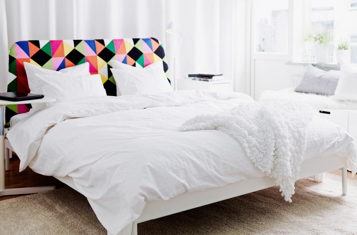 двуспальная кровать Ikea двухъярусная модель с матрасом и чердак в