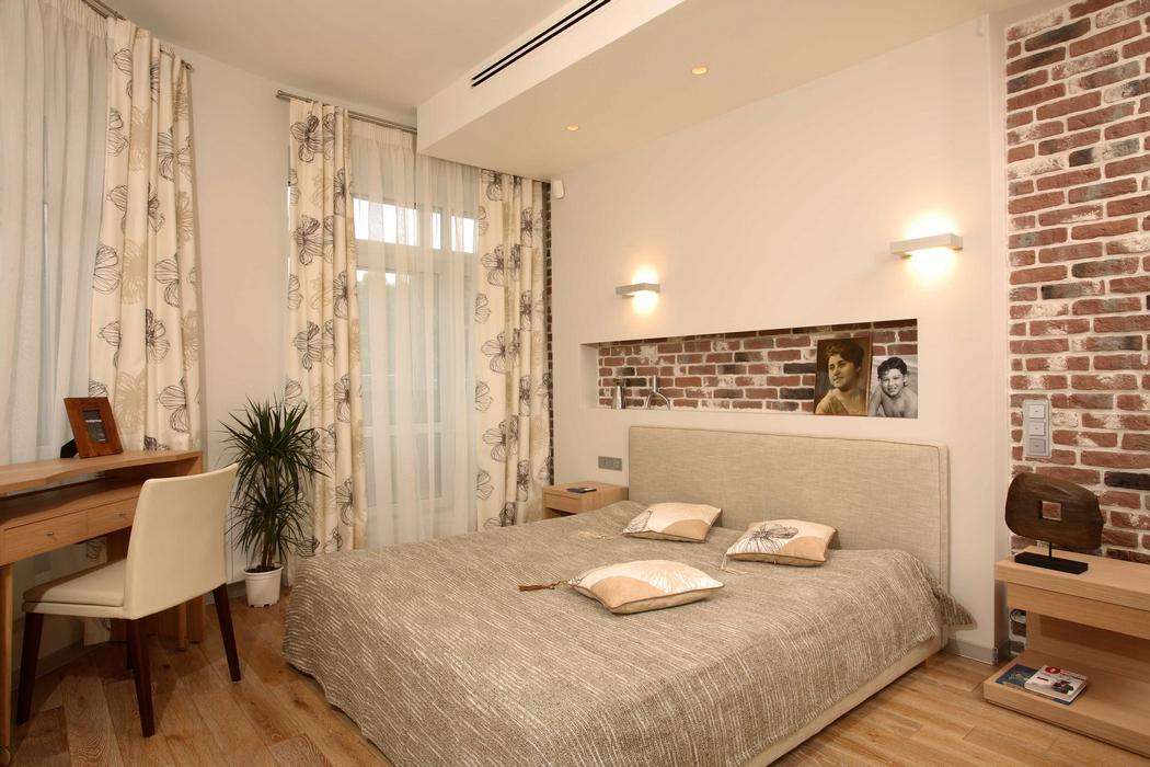 Интерьер спальни в теплых тонах - фото, дизайн domoked.ru.