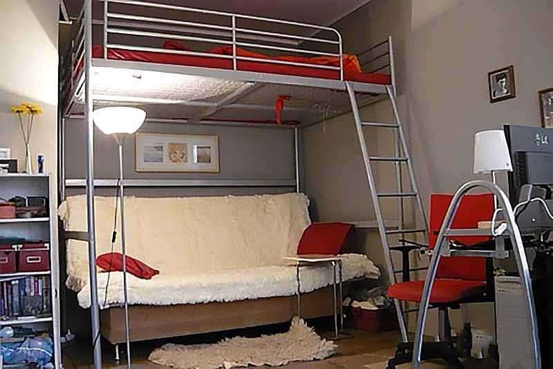 Кровать чердак икеа в интерьере фото