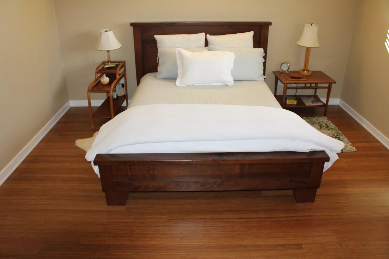 линолеум фото в спальне