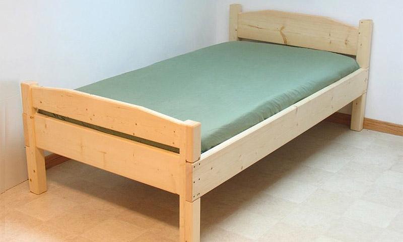 Полуторною кровать своими руками