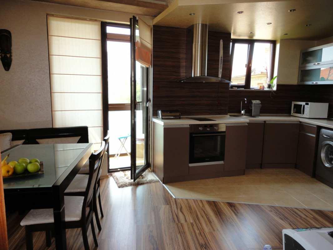 """Стильный дизайн кухни с балконом"""" - карточка пользователя pu."""