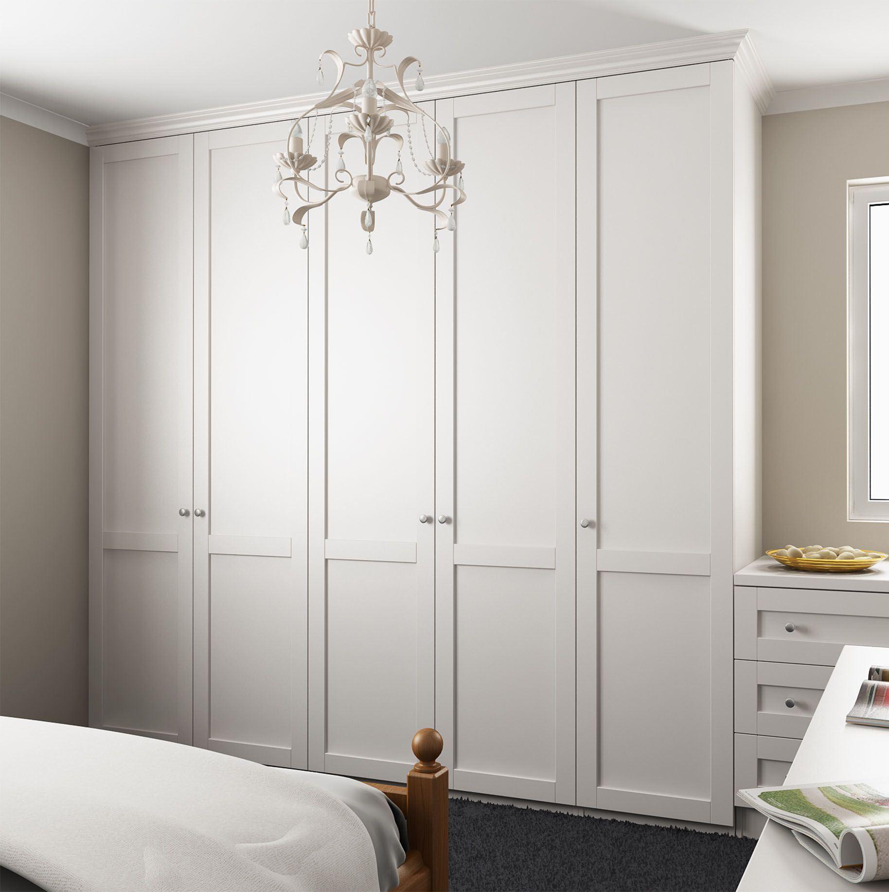Распашной шкаф в спальню - идеи для дома.