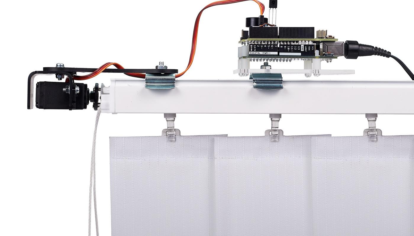 Вертикальные жалюзи с электроприводом своими руками 12