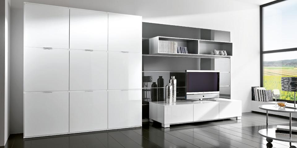 Купить белую глянцевую мебель для гостиной.