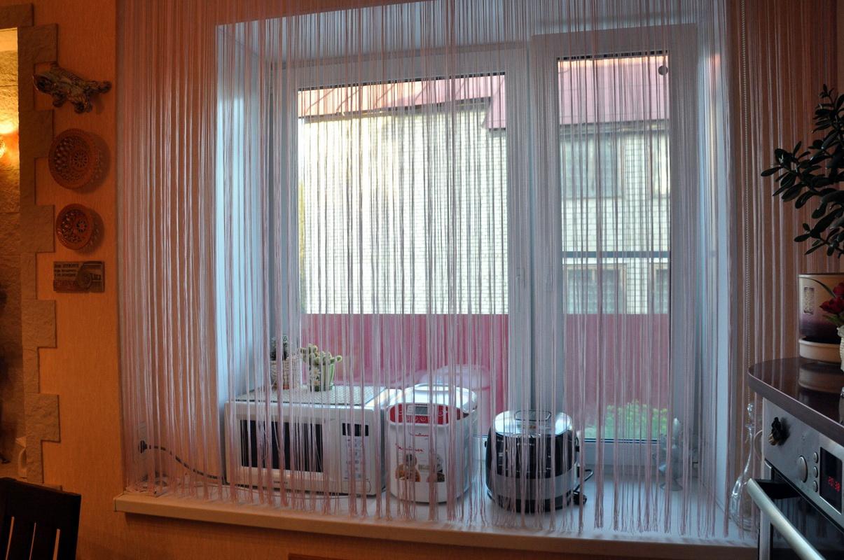 Нитяные шторы на кухню дизайн