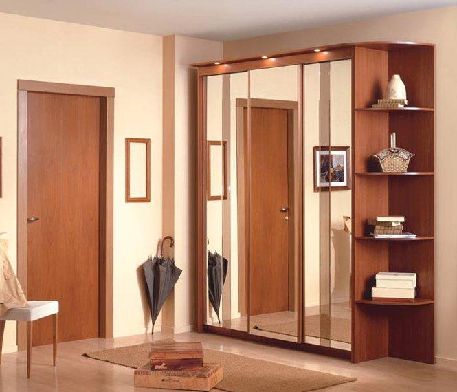 Открытый шкаф для одежды без дверей в прихожую