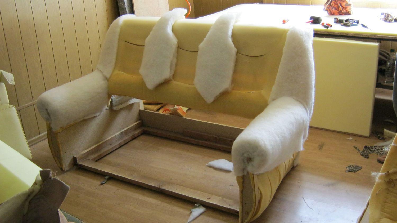 Реставрация старого дивана своими руками