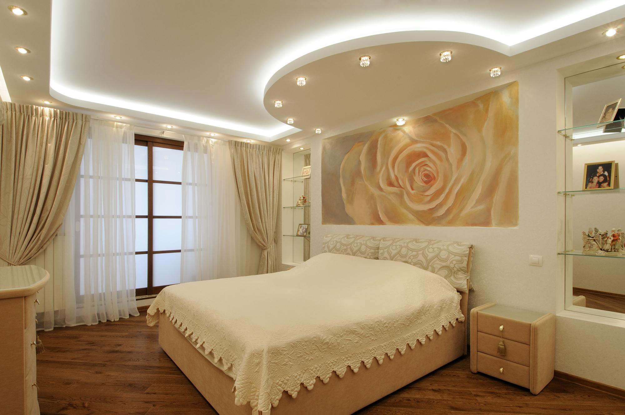 Фото потолок для спальни своими руками