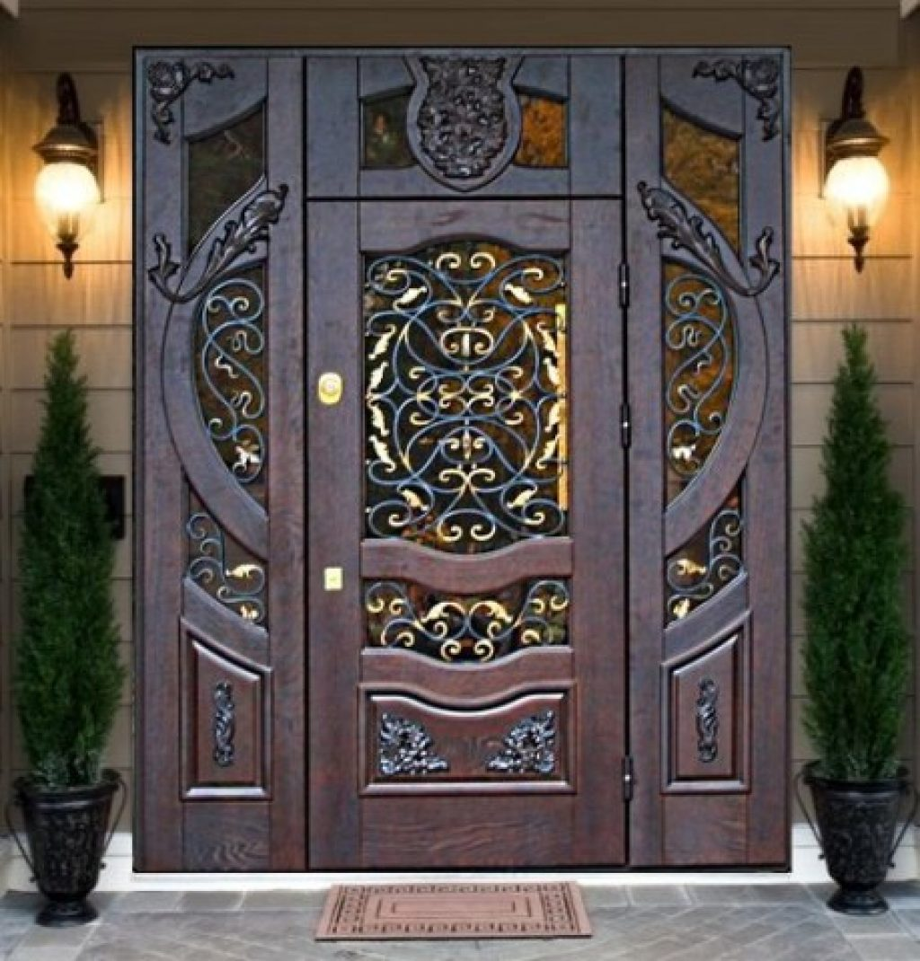 приведены фото изысканых кованых дверей выбранное место