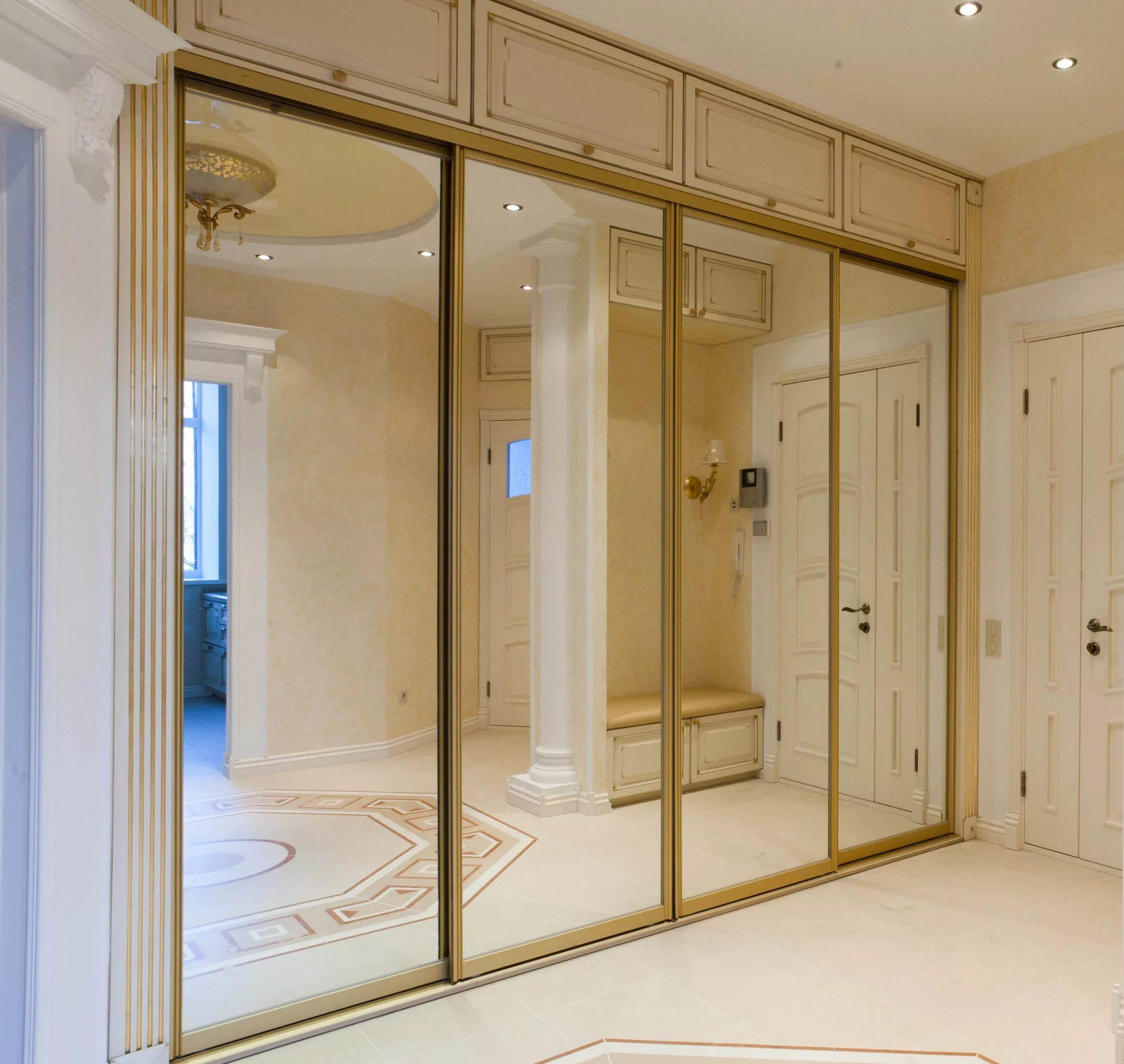 Двери для гардеробной: 30 фото и описание современных констр.