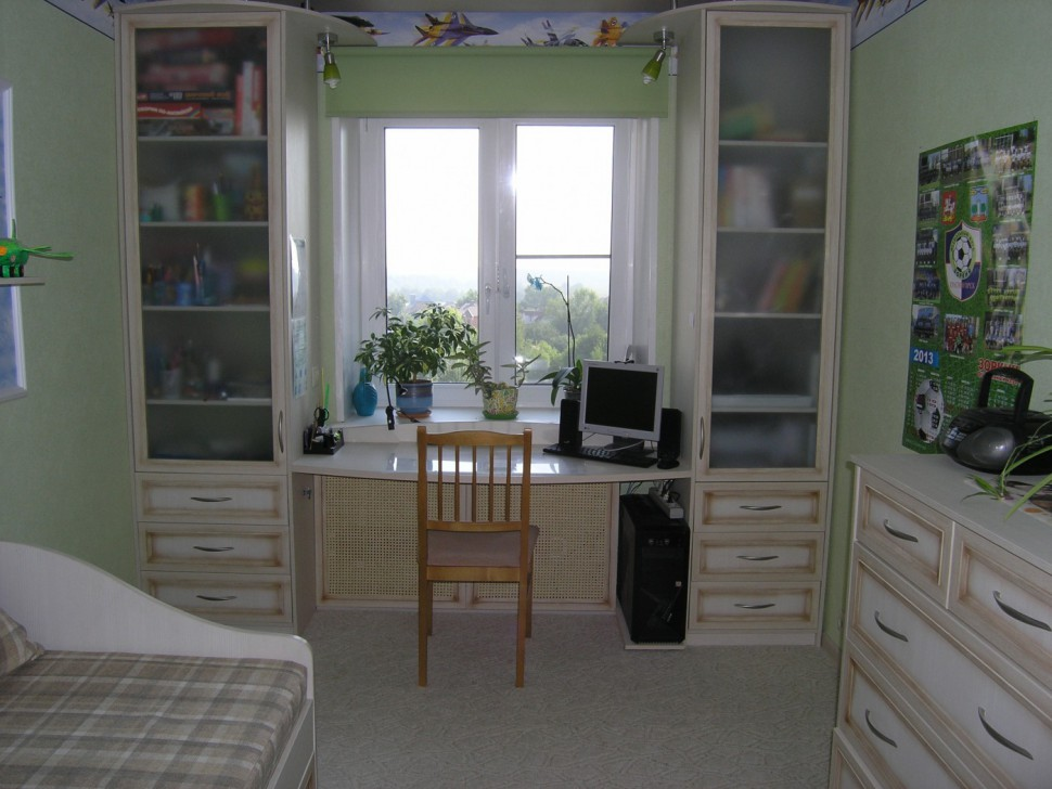 Шкафы в детскую комнату для мальчика (36 фото): модели с ком.
