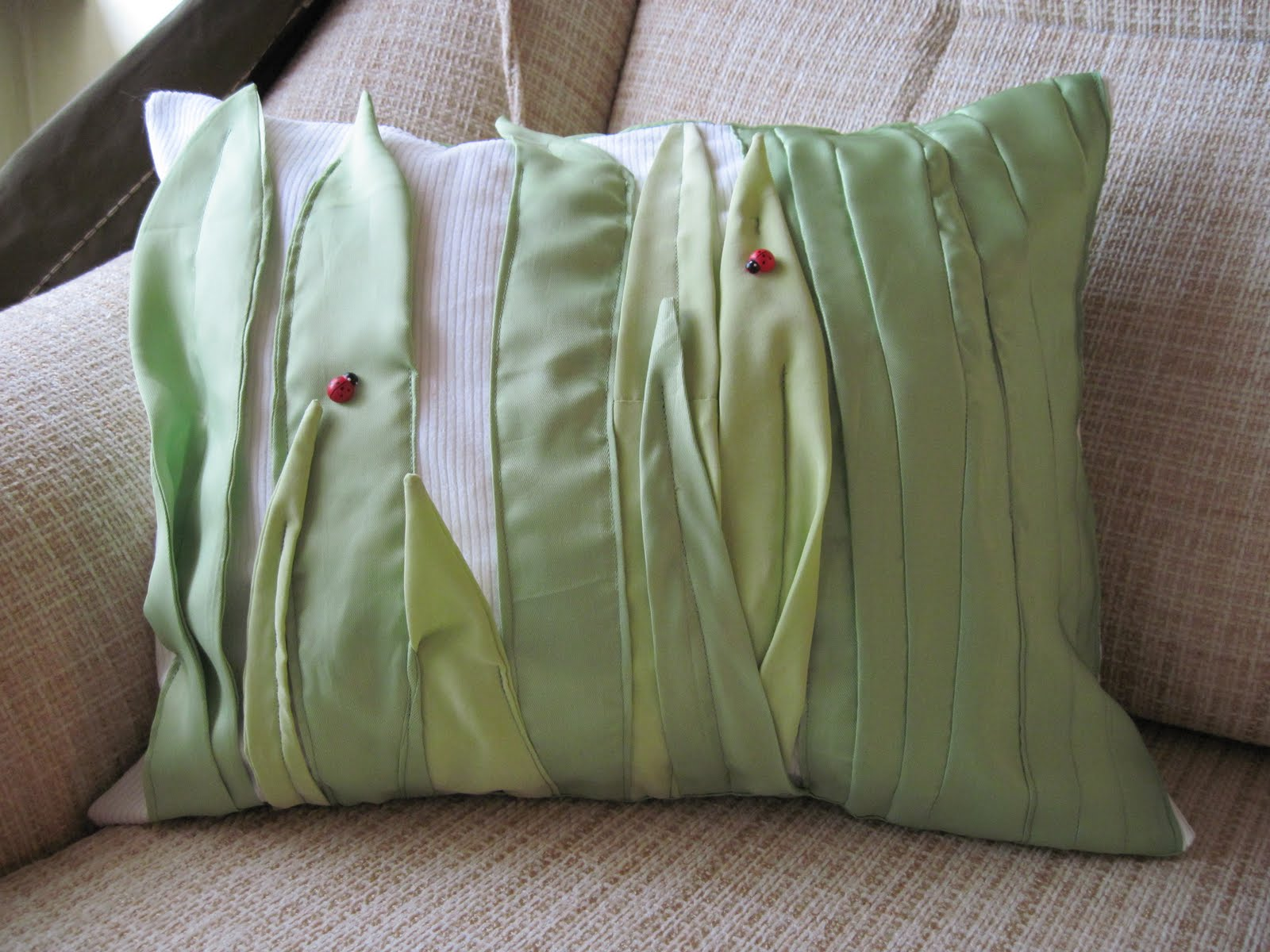 Как набить подушку своими руками 87