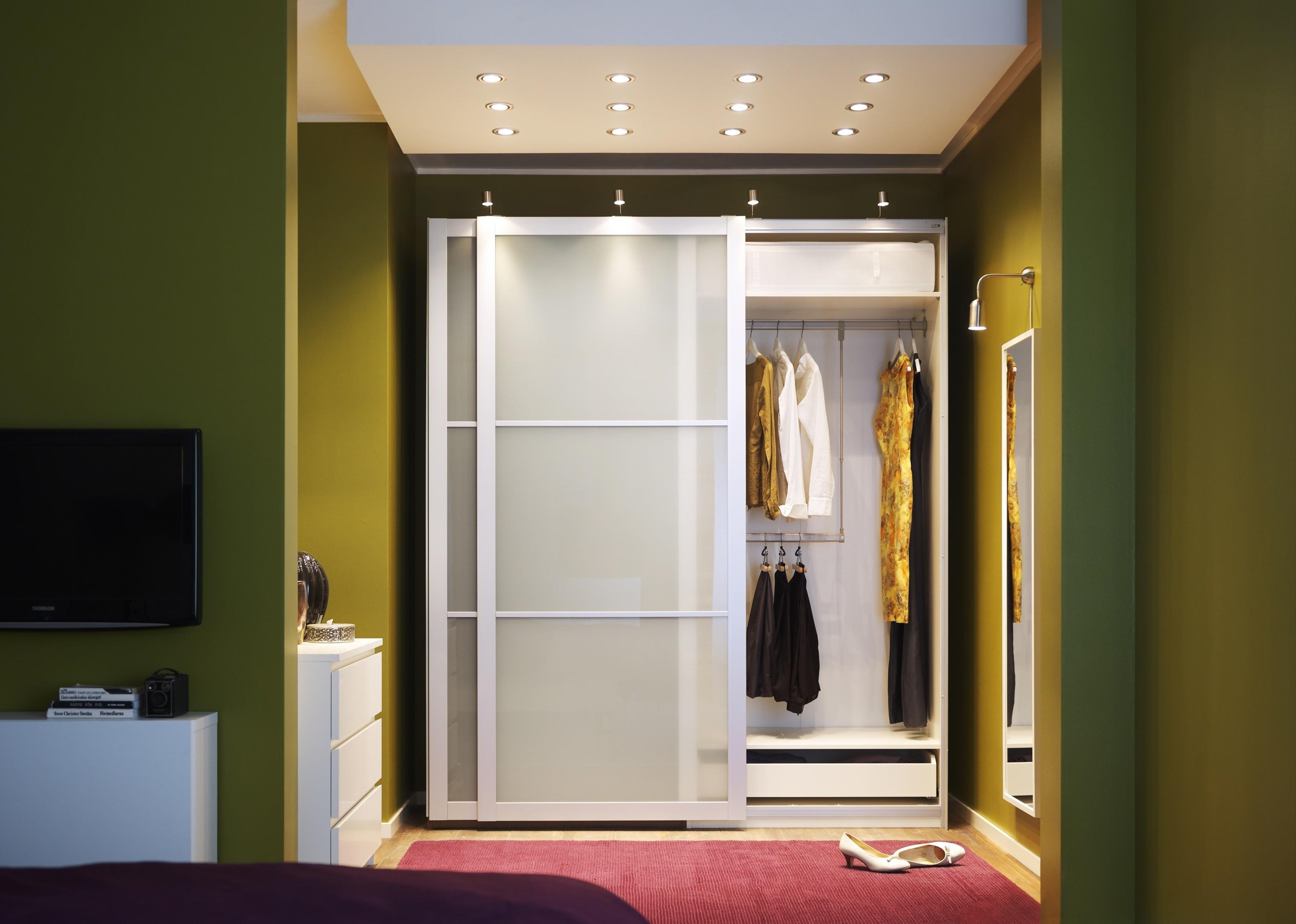 Современный шкаф купе в прихожую - 100 фото, дизайн, идеи, с.