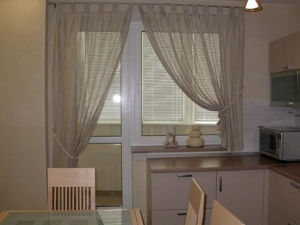 Идеи окна на кухне с балконом фото