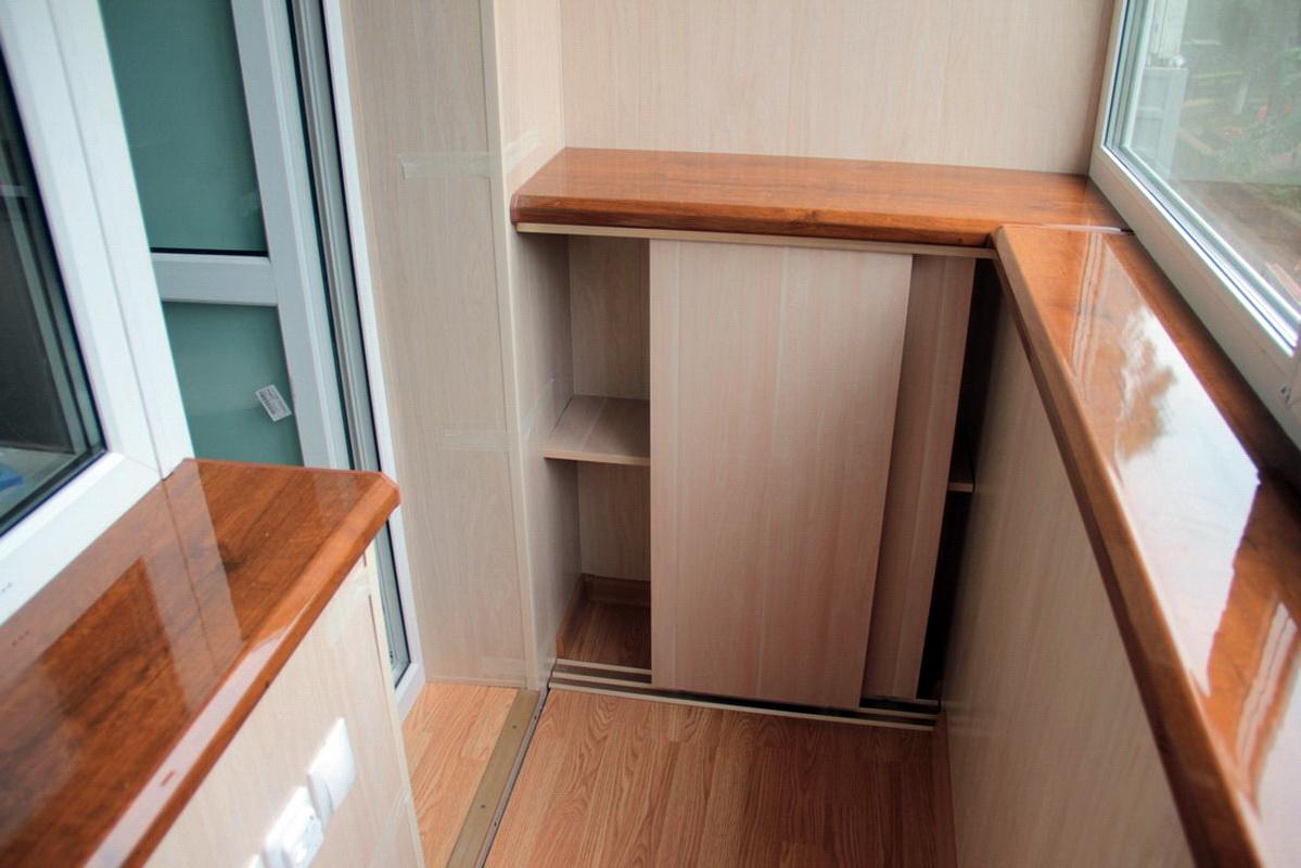 Шкаф балкон лоджия.