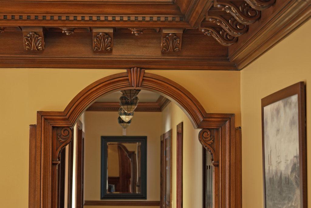 Деревянные арки для дверных проходов фото