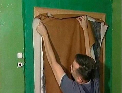 Звукоизоляция двери в комнате своими руками 5