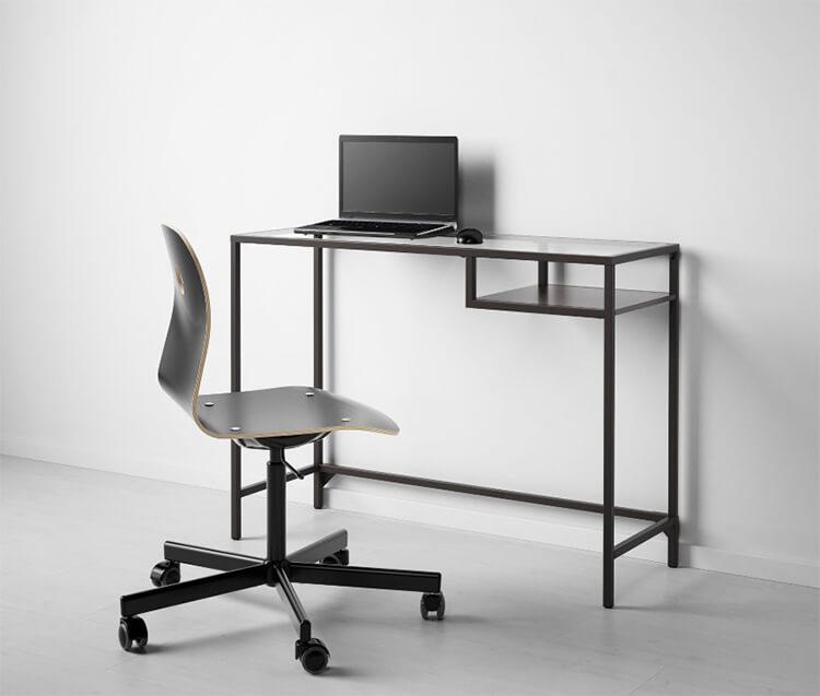 стол для ноутбука Ikea малогабаритный приставной складной столик