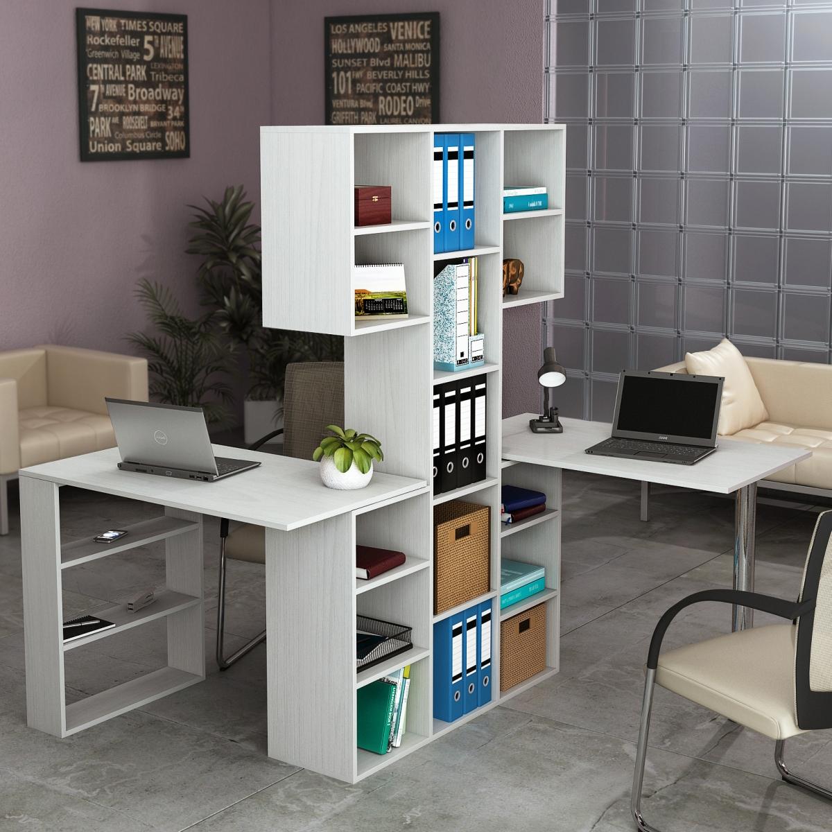 Письменный стол со стеллажом: перегородка из стеллажа около .
