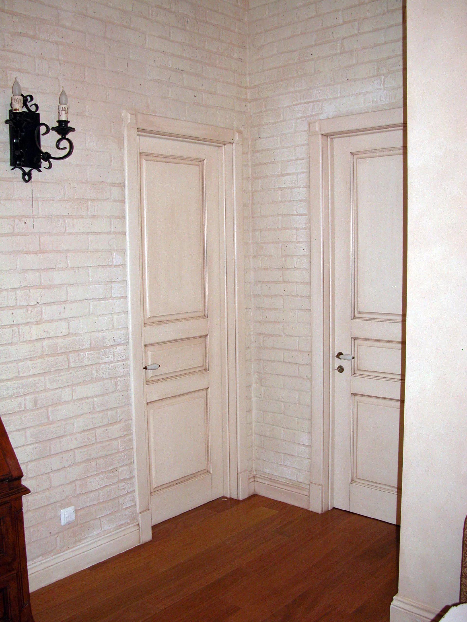 Отделка межкомнатных старых дверей своими руками