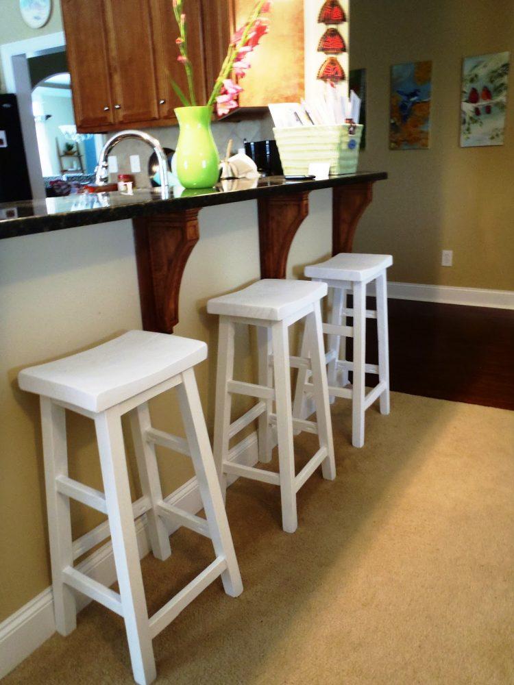 Полубарные стулья для кухни - сделай своими руками