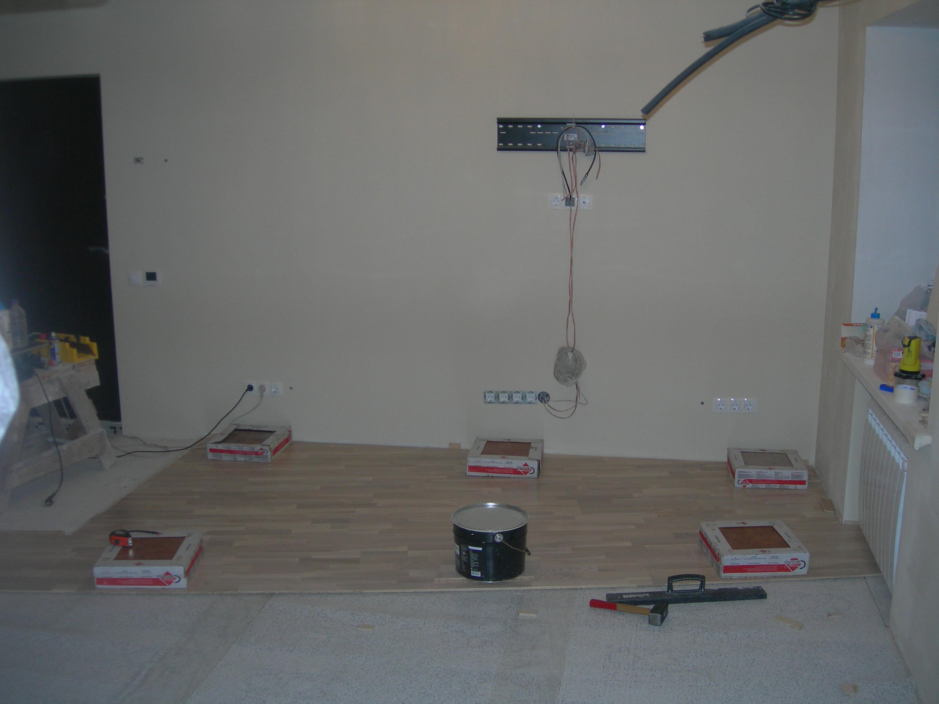 Как сделать розетку на стену под телевизор